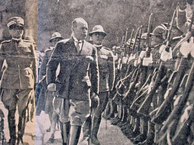 Roma 1929, Mussolini passa in rassegna il Btg. Aosta.