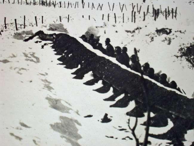 1915, trincea in Val di Ledro.