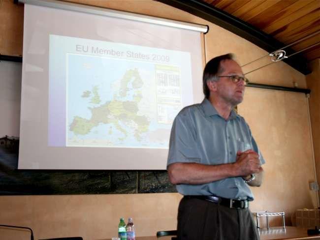 Finn Laursen, Collège d'études fédéralistes, Aoste, 2009