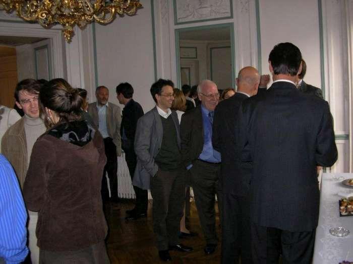Octobre 2004, le Président Perrin reçoit la Medaille d'honneur de la Sorbonne